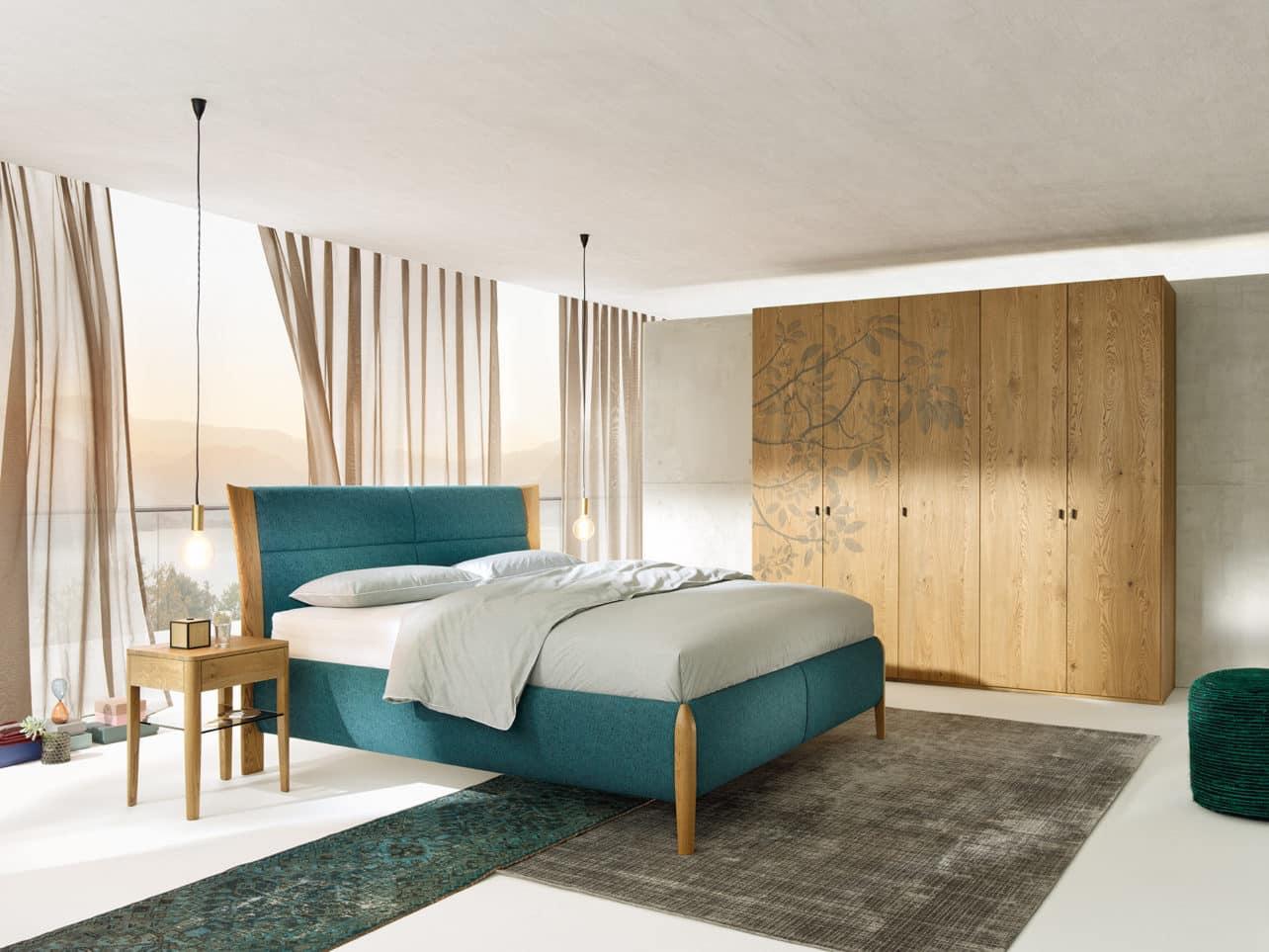 Schlafzimmer Mevisto in Asteiche gebürstet, barrique geölt.