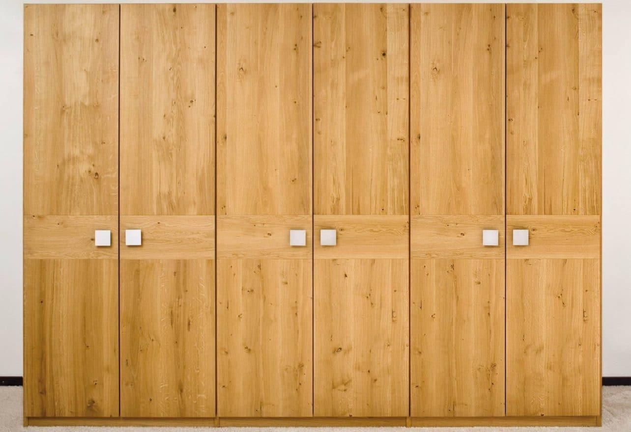Massivholzkleiderschrank Capo in knorriger Eiche, Ausführung 6-türig