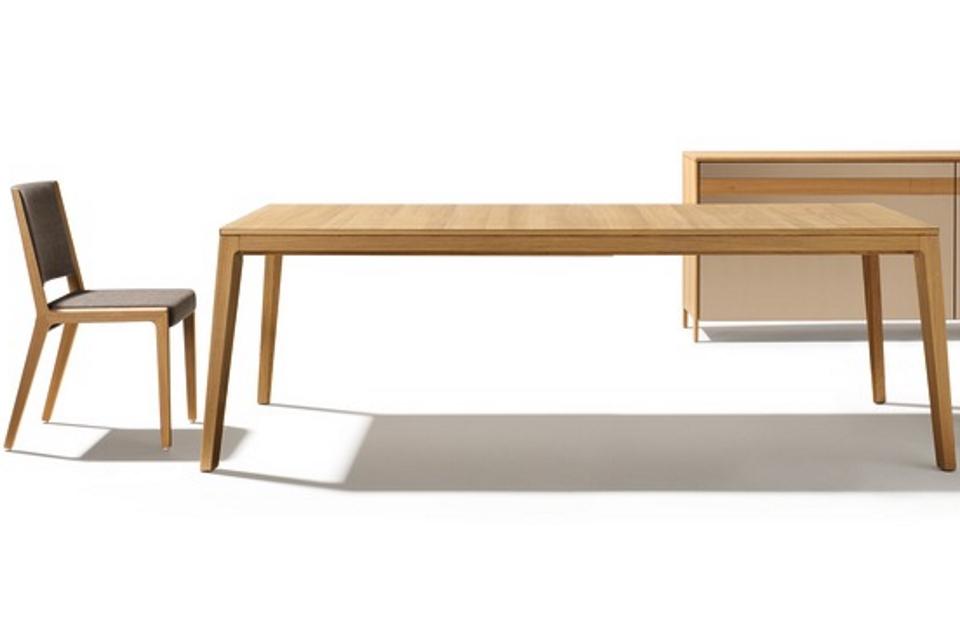 mylon_Tisch_Eiche+Stühle+Sidebord_klein_13